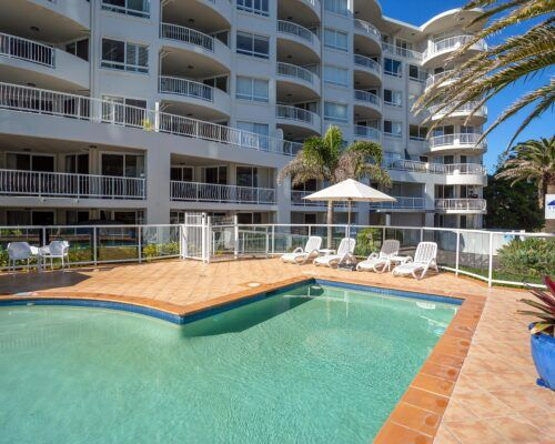 Gold-Coast-Facilities-Kirra-Beach (2)