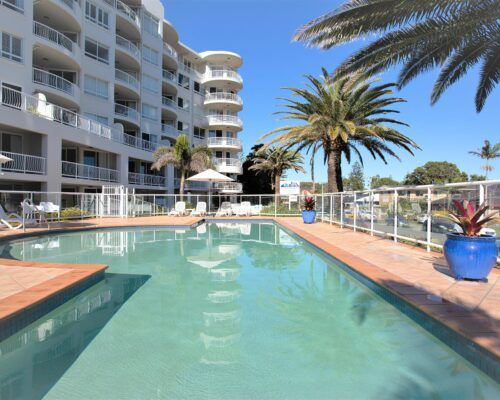 Gold-Coast-Facilities-Kirra-Beach (3)
