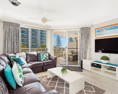 Kirra-Beach-Apartments-1-Bed-Ocean-View (4)