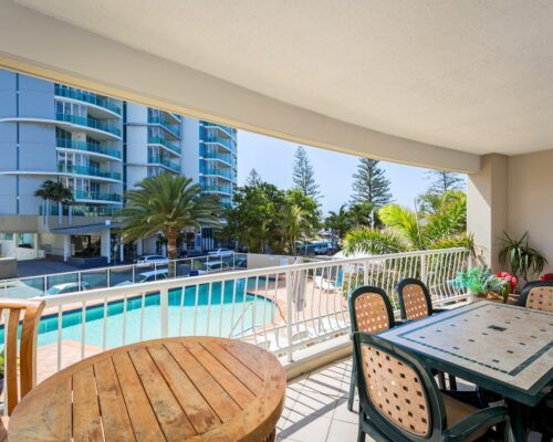 Kirra-Beach-Apartments-1-Bed-Ocean-View (5)