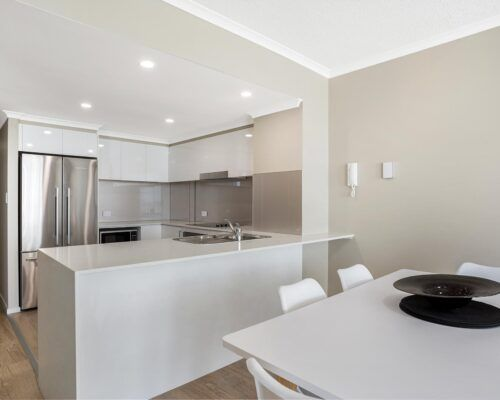 Kirra-Beach-Apartments-2-Bed-Ocean-View (1)