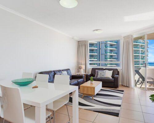 Kirra-Beach-Apartments-2-Bed-Ocean-View (15)