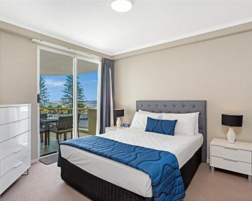Kirra-Beach-Apartments-2-Bed-Ocean-View (2)