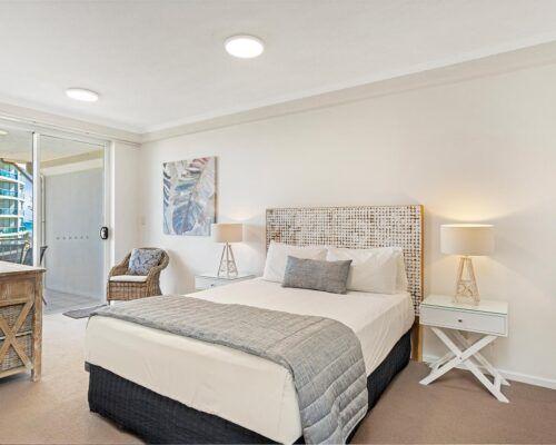 Kirra-Beach-Apartments-2-Bed-Ocean-View (3)