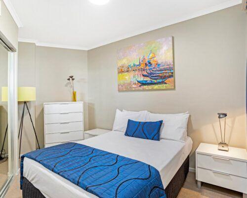 Kirra-Beach-Apartments-2-Bed-Ocean-View (9)
