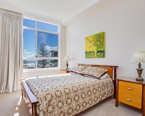 Kirra-Beach-Apartments-Penthouse (1)