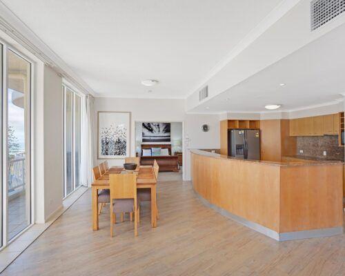 Kirra-Beach-Apartments-Penthouse (10)