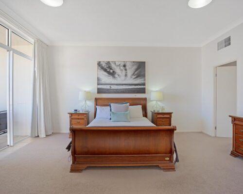 Kirra-Beach-Apartments-Penthouse (11)