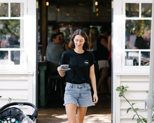 waitress-in-doorway-at-the-paddock-bakery